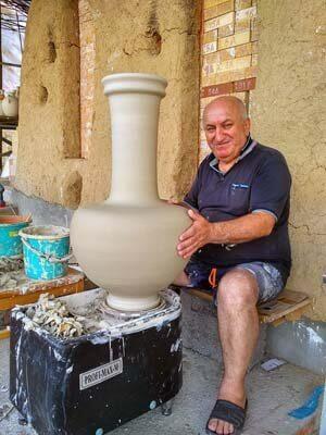 Ваза на гончарном круге. Джемал Болоташвили